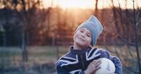 10 Inspirasi Nama Bayi Laki-laki Berbahasa Prancis dari Huruf A