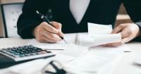 1. Menyusun anggaran bulanan