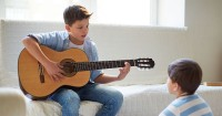 Kenali 13 Tanda Anak Memiliki Kecerdasan Musikal
