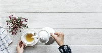 1. Apakah teh chamomile aman diminum saat hamil