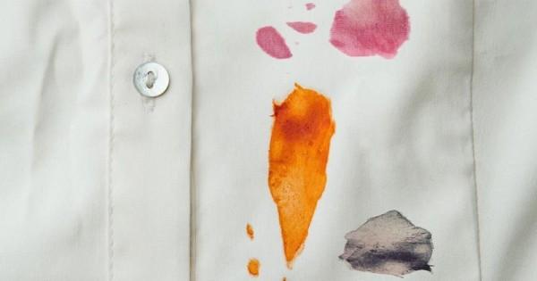 Cara Membersihkan 15 Jenis Noda yang Menempel pada Pakaian | Popmama.com