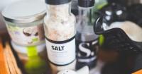 3. Rendam air garam