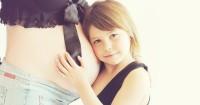 Tips mengabarkan anak kalau Mama hamil adik baru