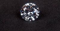 1. Berbentuk berlian