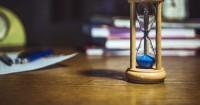 3. Berbentuk hourglass