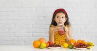 3. Jadikan buah sebagai bahan smoothies, es krim, atau puding