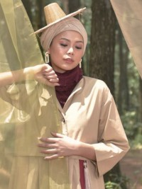 1. Wear Your Oriental, menyatukan sentuhan tradisional gaya modern