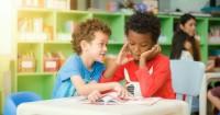 Jika Anak Sering Mengobrol Jam Pelajaran, Ini Cara Mengatasinya