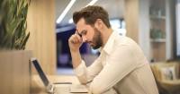 2. Banyak beban kerjaan kantor