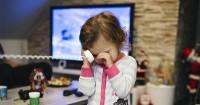 1. Ingat balita menangis itu belum tentu sedih