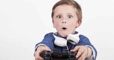 Awas Bahaya Kecanduan Game Mengintai Anak