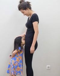 1. Thalia sangat peduli kehamilan kedua Sarwendah