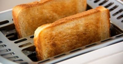 5 Cara Membersihkan Pemanggang Roti