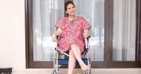 1. Curhatan Tya Ariestya mengenai penggunaan kursi roda