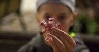 5 Mainan Lagi Ngetren Ini Ternyata Bahaya Banget Anak