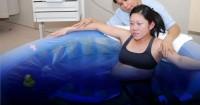 2. Apa dilakukan tenaga medis ketika menghadapi ibu ketakutan atau kesakitan saat persalinan