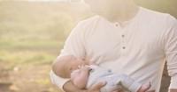 4. Menjemur bayi