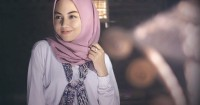 3. Kelompokkan hijab sesuai jenis bahannya