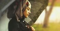 Tetap Fashionable Musim Hujan 5 Pilihan Outfit Hijabers Ini