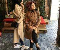 2. Gunakan long coat