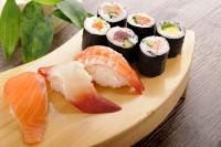 Kapankah Anak Boleh Makan Sushi Sashimi
