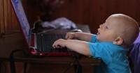 Bahaya Penggunaan Gadget Secara Berlebihan Anak