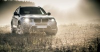 6. Beli mobil tangguh hemat bahan bakar