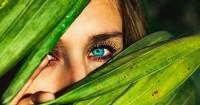 2. Hindarkan wajah atau mata dari pemicu peradangan seperti makeup