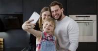 Jika Anak Suka Nge-Vlog, Ini 10 Hal Harus Mama Perhatikan