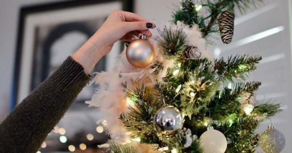 6 Tema Dekorasi Pohon Natal Untuk Di Rumah Popmamacom