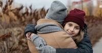 5. Bantu anak kembali percaya bersosialisasi