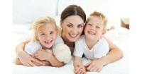 5 Tanda si Kecil Belum Siap Pisah Kamar
