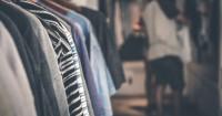 5. Singkirkan handuk baju menggantung terlalu lama