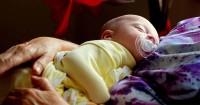 Ini Dia 5 Tips Menidurkan Bayi Balita Waktu Bersamaan