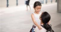 1. Ajak anak bicara dari hati ke hati