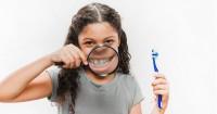 Ini Cara Mengatasi Gigi Berlubang Anak