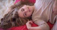 Ketahui 5 Tahap Perkembangan Payudara Anak Remaja