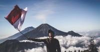 5.Tanamkan pemahaman jika Indonesia adalah negeri kaya budaya
