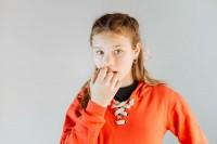 Wajib Tahu Alasan Anak Menggigit Kuku Bagaimana Menghentikannya