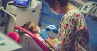 2. Replentasi bisa dilakukan sebagai tindakan pemasangan sementara gigi akibat avulsi