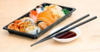 5. Celupan sushi