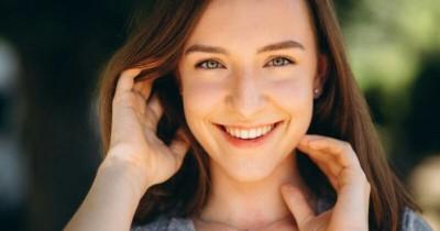 5 Cara Mudah Mengatasi Bibir Hitam Secara Alami