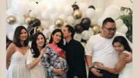 Raisa Dapat Kejutan Baby Shower dari Para Sahabat Suami Tercinta