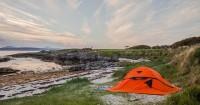 8. Suka berpetualang Yuk, camping