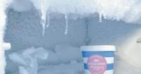 6 Cara Bersihkan Bunga Es Lemari Pendingin