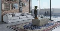 1. Gunakan karpet menghidupkan ruangan