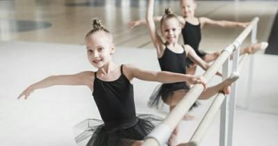 5 Tips Membantu Anak Mengatasi Demam Panggung