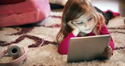 Seringkali Terjadi, Begini Pengaruh Buruk Gadget pada Anak