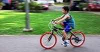 5 Manfaat Bermain Sepeda Bagi Tumbuh Kembang Anak