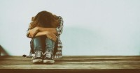 4. Bantu remaja mengatasi masalah